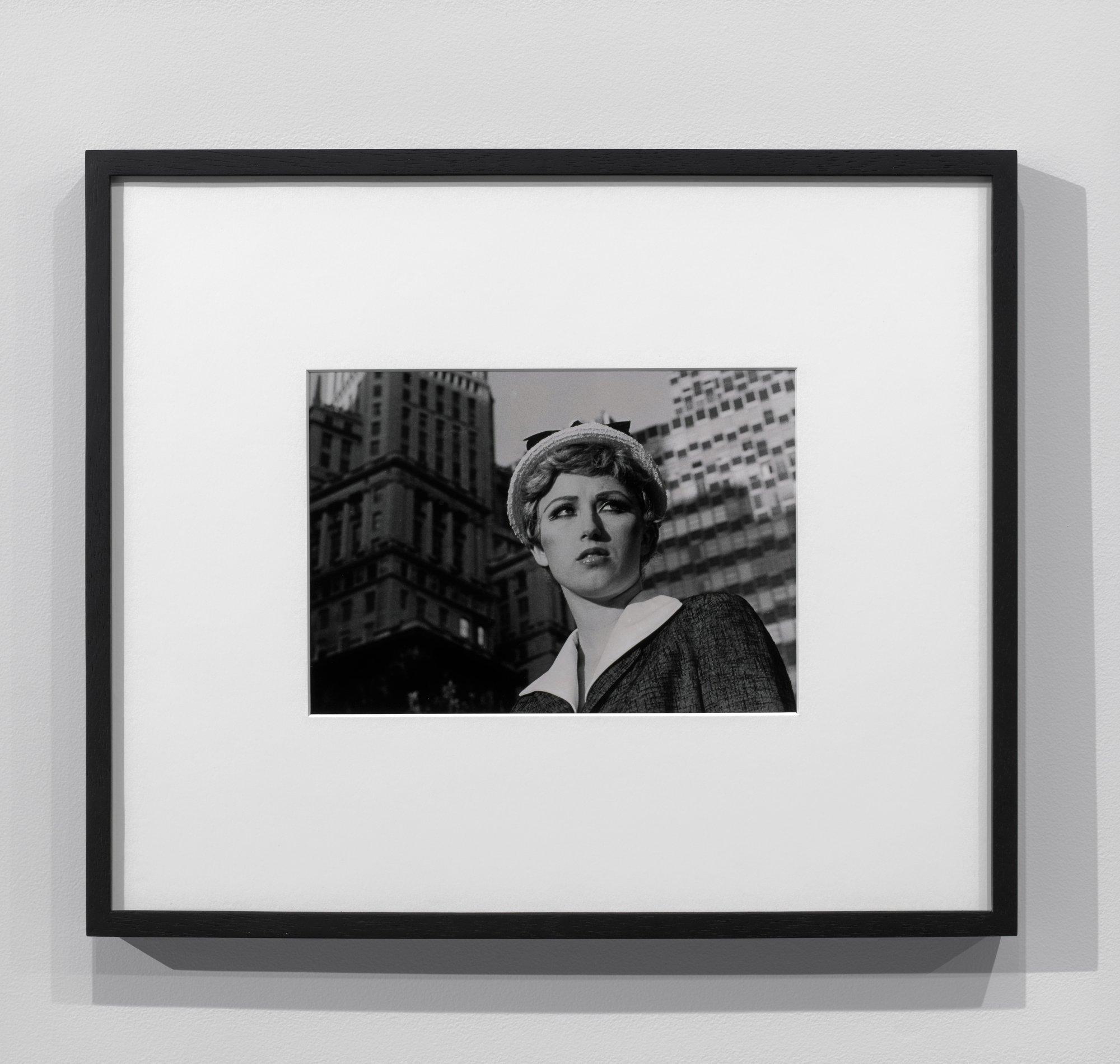 Bourse Museum Paris. Cindy Sherman, Untitled Film Still #21, 1979.